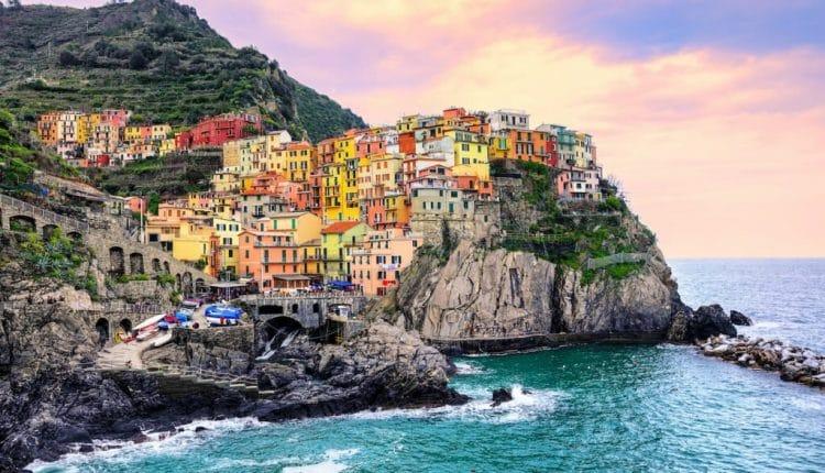 شهر رنگارنگ جهان چینکوتره ایتالیا